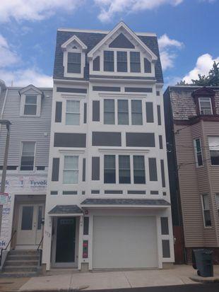 172 W 7th St, South Boston, MA 02127