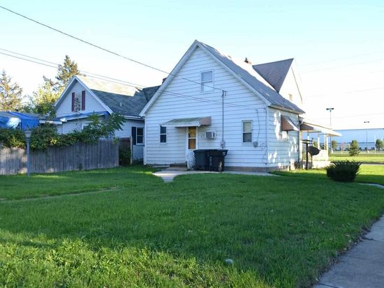 1821 W Sample St, South Bend, IN 46619
