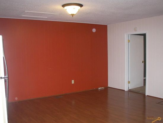 901 Wood Ave, Rapid City, SD 57701
