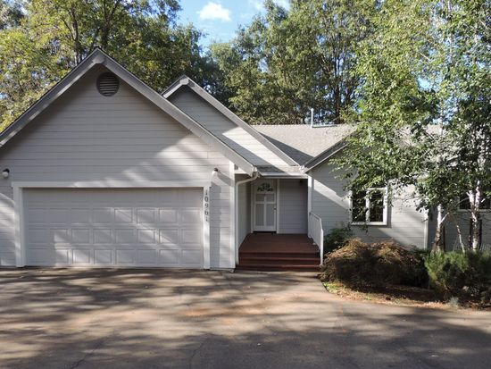 10961 Lower Circle Dr, Grass Valley, CA 95949