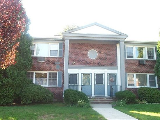 608 Pitney Pl, Morristown, NJ 07960