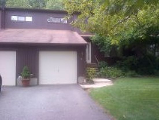 15 Mountain Ridge Dr, Cedar Grove, NJ 07009