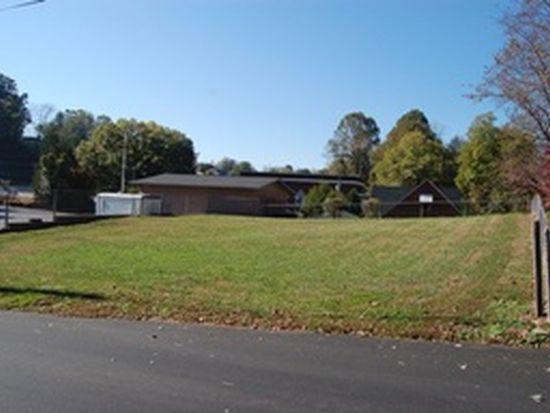 452 Harper Ave NW, Lenoir, NC 28645