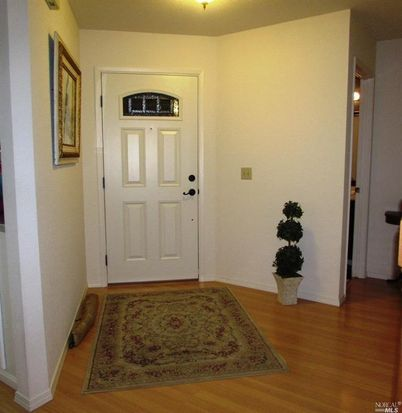 1531 Abercrombie Way, Petaluma, CA 94954