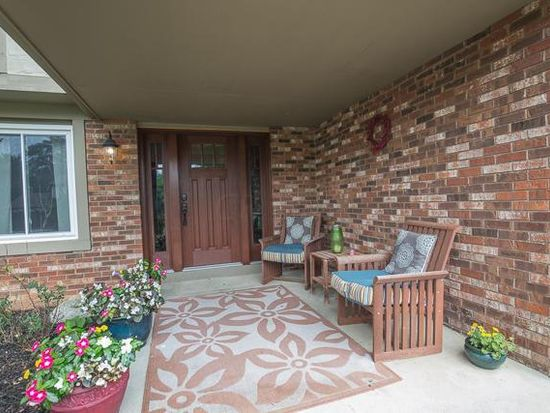 1010 Harbor View Dr, Westerville, OH 43081