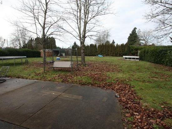 17971 S Fir Cone Ct, Oregon City, OR 97045