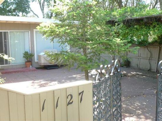 1127 Crest Dr, Santa Rosa, CA 95404
