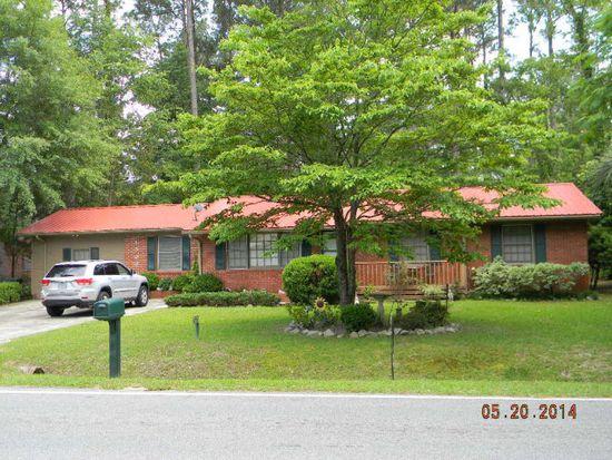 1303 Pineview Dr, Valdosta, GA 31602