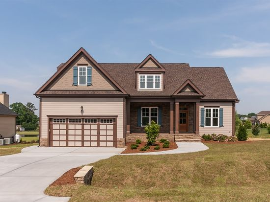 2008 Stonewall Farms Dr, Fuquay Varina, NC 27526
