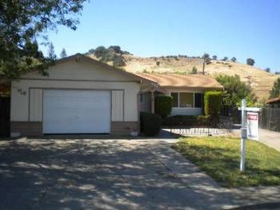 306 Markham Ave, Vacaville, CA 95688