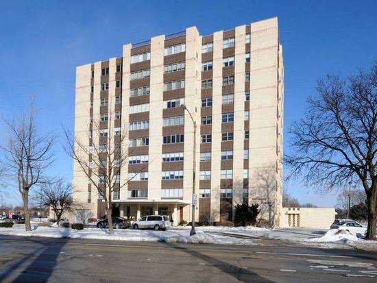 141 N La Grange Rd APT 1004, La Grange, IL 60525