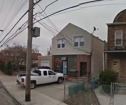 118 Olympia Blvd, Staten Island, NY 10305