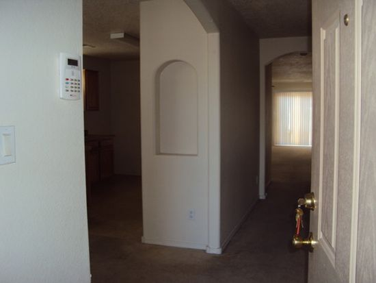8518 Zydecko Ave SW, Albuquerque, NM 87121
