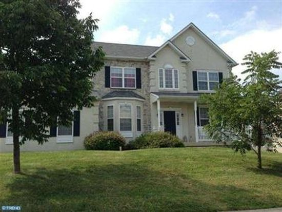 2301 Sienna Dr, Norristown, PA 19401