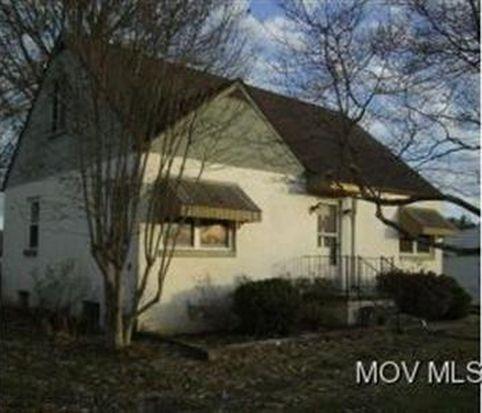 106 Woodrow St, Marietta, OH 45750