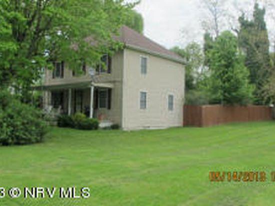 209 Wilson St, Pembroke, VA 24136
