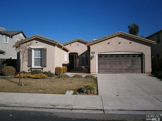 249 Red Pheasant Dr, Vacaville, CA 95687