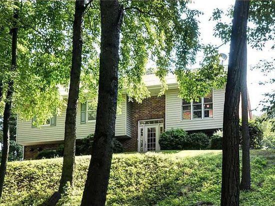 153 Maple Dr, Warrendale, PA 15086
