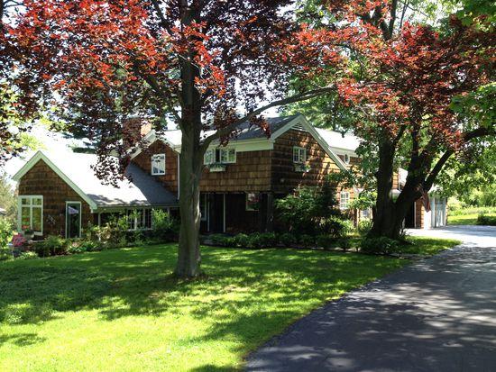 7630 Jewett Holmwood Rd, Orchard Park, NY 14127