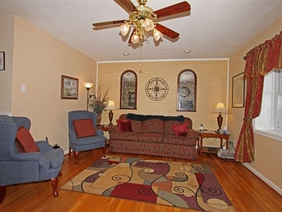 601 Williamsdale Dr, North Chesterfield, VA 23235