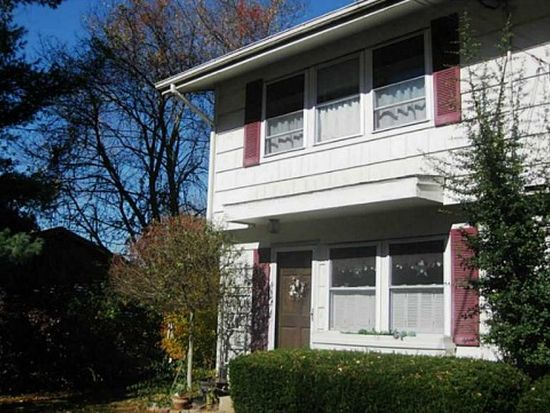 81A Wampum Rd, Narragansett, RI 02882