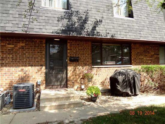 3620 Mount Vernon Rd SE APT 2, Cedar Rapids, IA 52403