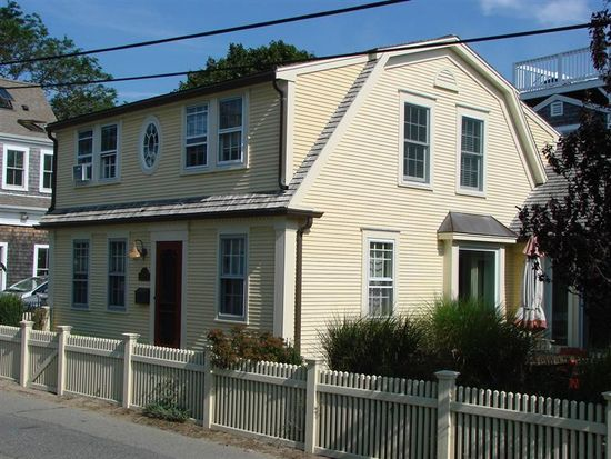 7 Pleasant St, Provincetown, MA 02657