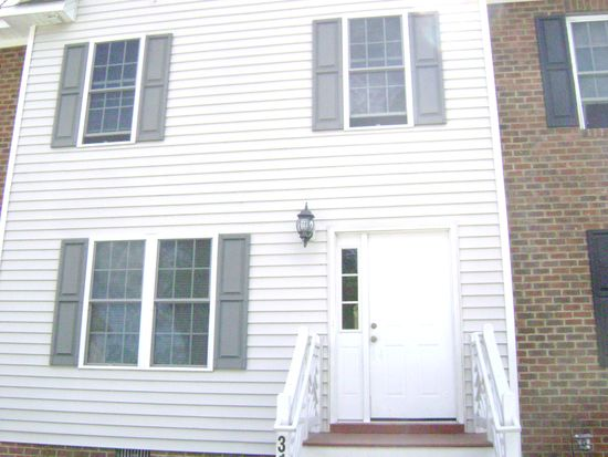3104 Taylor Ave, West Point, VA 23181