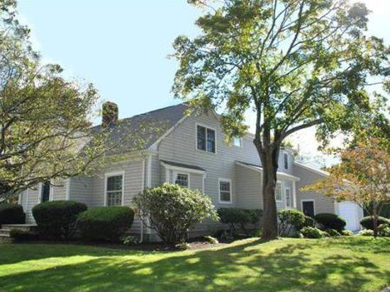 30 Rockland St, Dartmouth, MA 02748