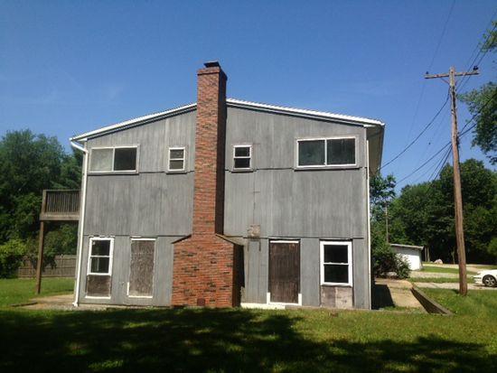71 Loretta Ave, N Stonington, CT 06359