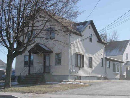 318 Cherry Hill Rd, Johnston, RI 02919
