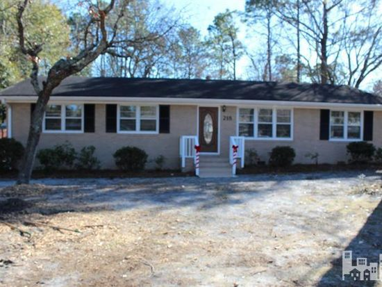 218 Long Leaf Acres Dr, Wilmington, NC 28405