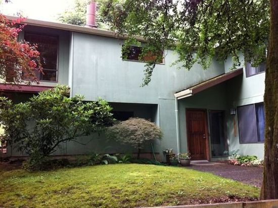 9132 SW 57th Ave, Portland, OR 97219