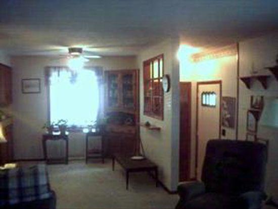 32 Fradine Dr, Cheektowaga, NY 14227