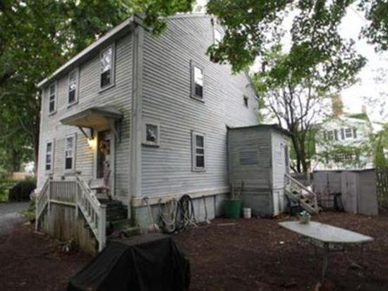 1 Brooks Ct, Salem, MA 01970