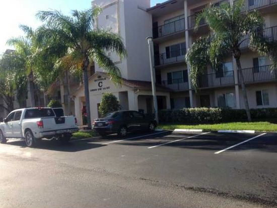 1200 SW 137th Ave APT 205-E, Pembroke Pines, FL 33027
