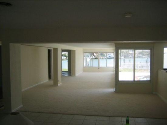 2201 Donato Dr, Belleair Beach, FL 33786