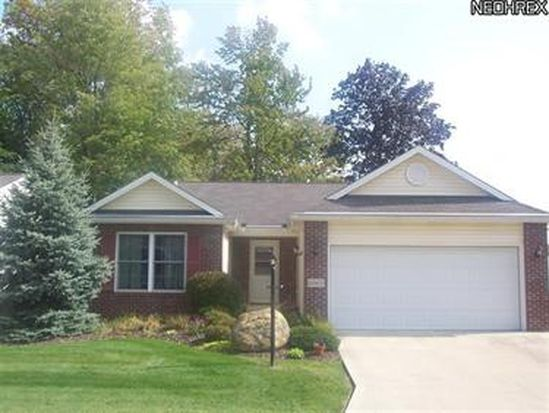 6065 Creekside Dr, Parma Heights, OH 44130