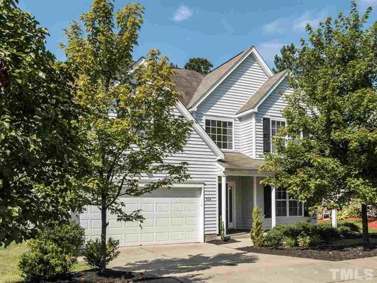 604 Pyracantha Dr, Holly Springs, NC 27540