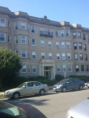85 Park Dr APT 9, Boston, MA 02215