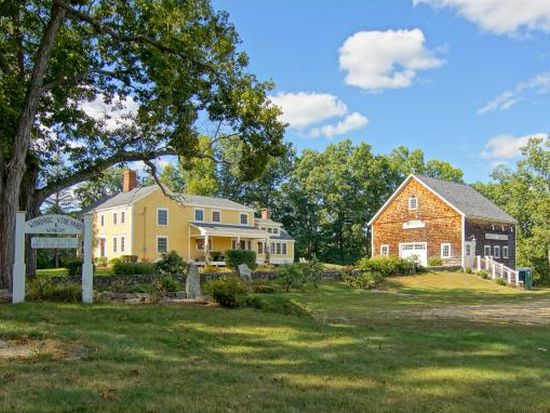 286 Piscassic Rd, Newfields, NH 03856