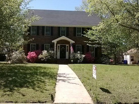503 Cedarhurst Rd, Greenville, NC 27834