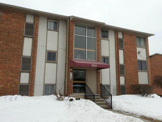 1932 Klingensmith Rd UNIT 56, Bloomfield Hills, MI 48302