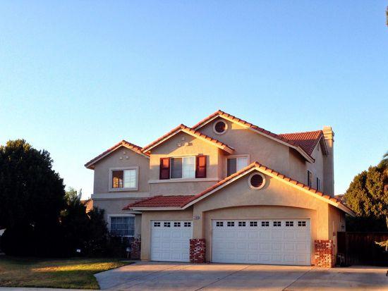 7489 River Glen Dr, Riverside, CA 92509