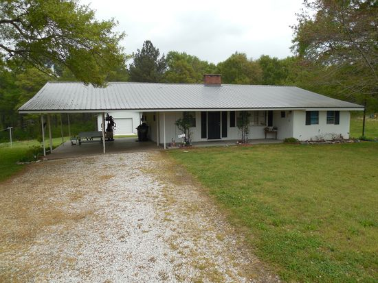 8475 County Road 16, Roanoke, AL 36274