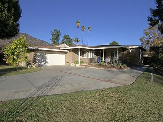130 Colony Dr, Sierra Madre, CA 91024