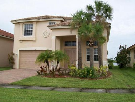 793 Bent Creek Dr, Fort Pierce, FL 34947