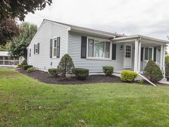 505 N College St, Myerstown, PA 17067