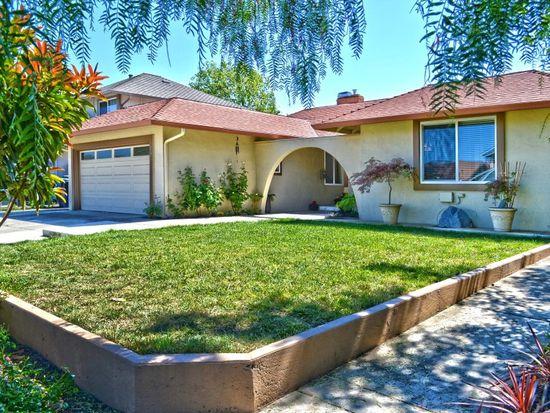 657 Brookfield Dr, Livermore, CA 94551