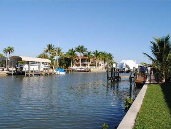 19 Fairview Blvd, Fort Myers Beach, FL 33931